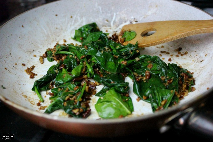 Gluten Free Parmesan, Spinach, and Toasted Pecan Quinoa recipe, easy , quick, tasty gluten-free recipes