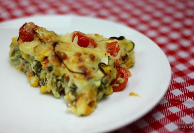 Skinny Crustless Cheese + Veggie Pizza Pie