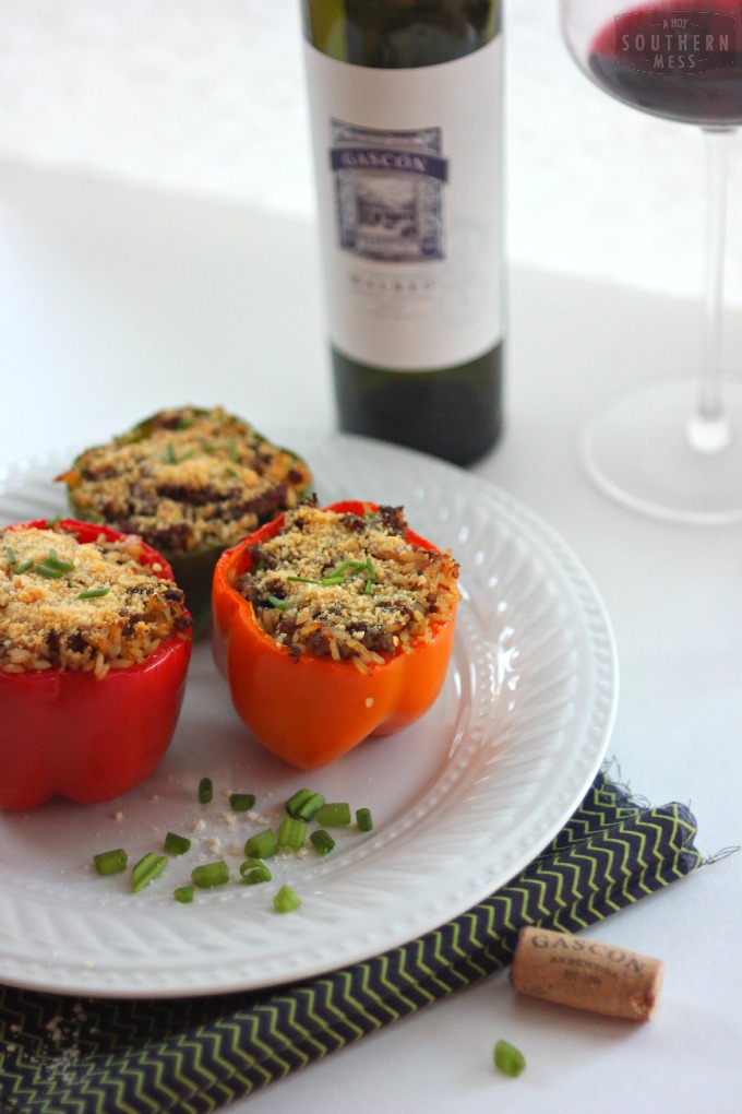 EThe best spicy stuffed bell peppers are so easy to make! They are so easy to make that my hubby even makes them! www.ahotsouthernmess.com