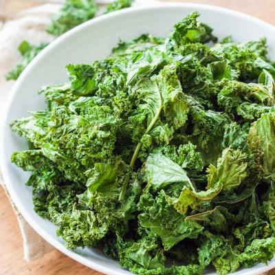 Baked Garlic Kale Chips