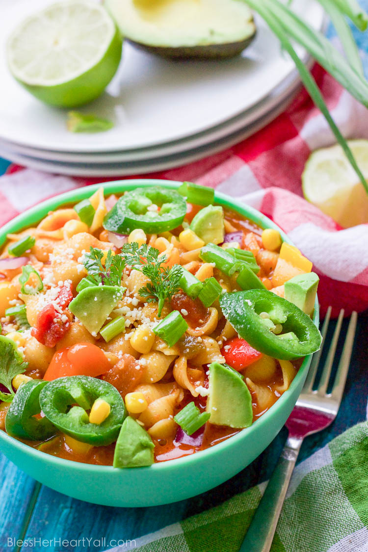 This gluten-free chicken taco pasta combines the fiery tastes that come with fresh chicken tacos with the comforts of creamy pasta! The spicy taco sauce goes great with your favorite noodles and chopped mexican veggies for an amazing fiesta for your taste buds!