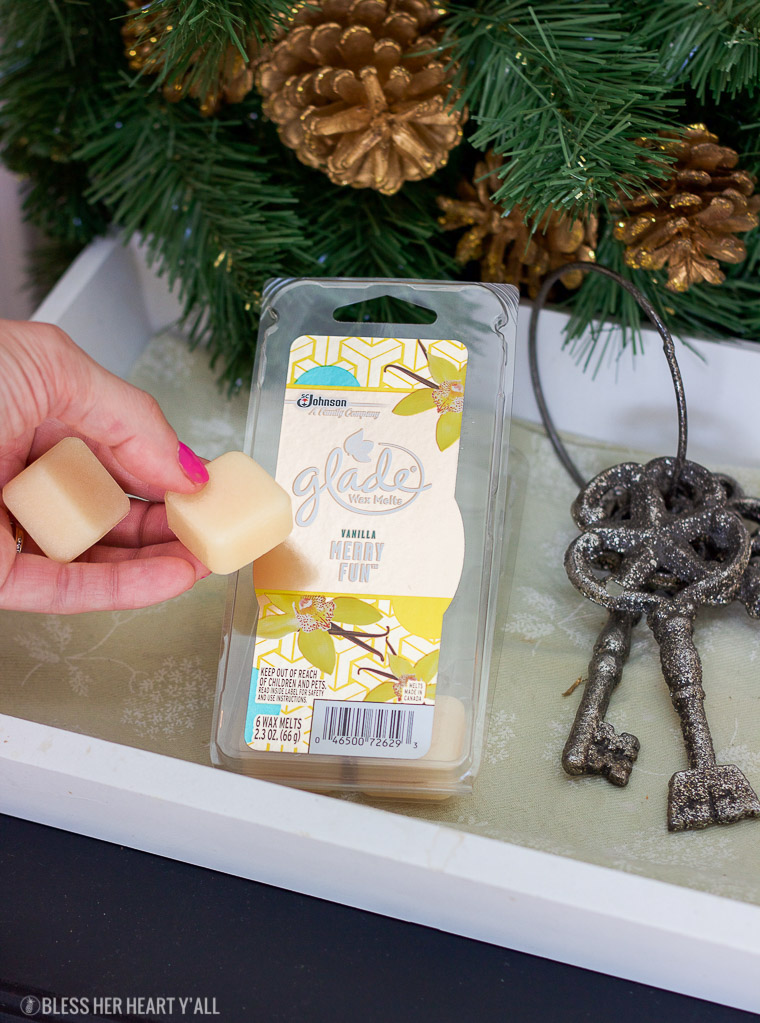 This vegan coconut vanilla fudge takes only 5 minutes worth of prep time and 5 simple ingredients to make. It's also paleo, dairy free, and gluten free! www.blessherheartyall.com