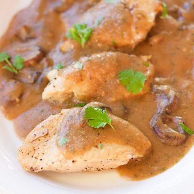 One-Pot Garlic Mushroom Chicken Skillet