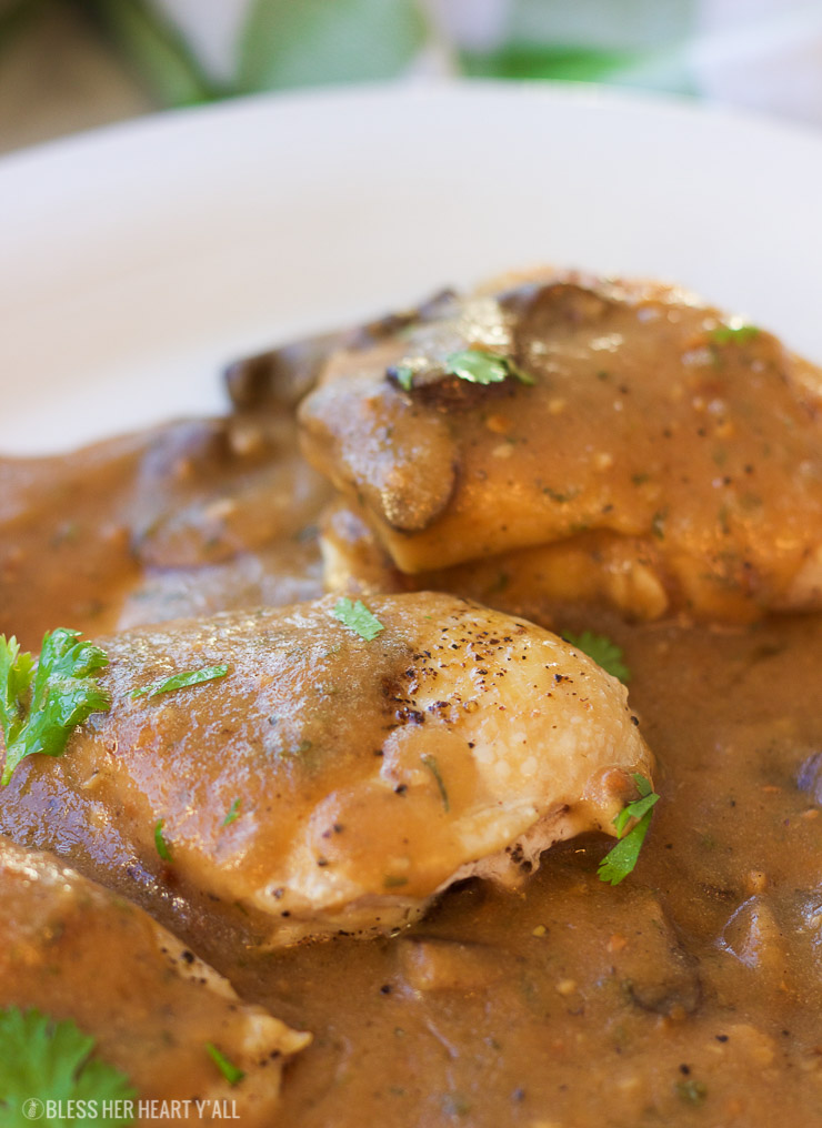 This one-pot garlic mushroom chicken skillet cooks juicy chicken breasts and uses the drippings to make a quick creamy garlic mushroom gravy. The thick savory sauce brings out a cozy warm flavor to this comfort food, perfect for when you only have 20 minutes to spare!