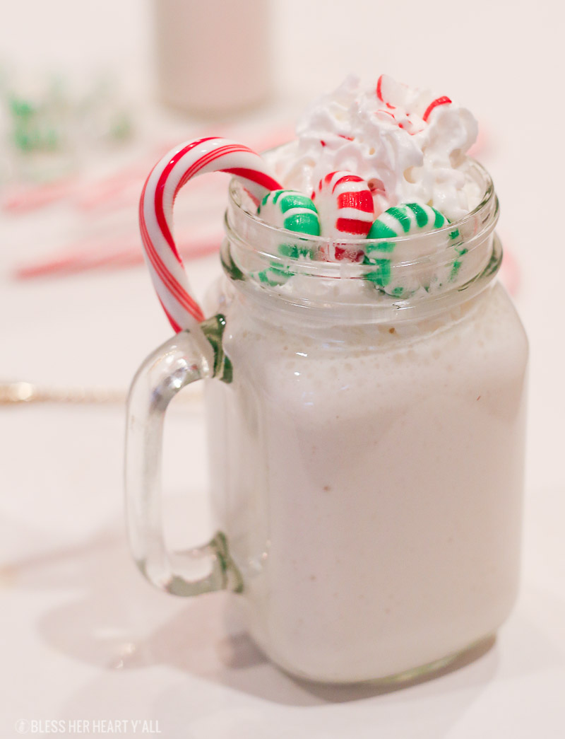 This 3-ingredient skinny peppermint stick milkshake uses healthy ingredients to make thick, creamy, and minty shakes in just seconds! Go grab your blender!