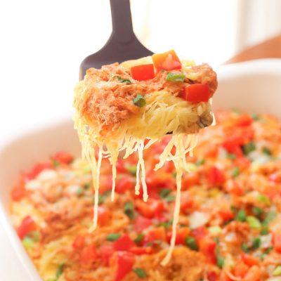 Skinny Buffalo Chicken Spaghetti Squash Bake