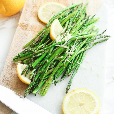 best Air fryer Asparagus recipe. Easy and gluten free